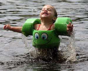 JL05 Swimming Lakes