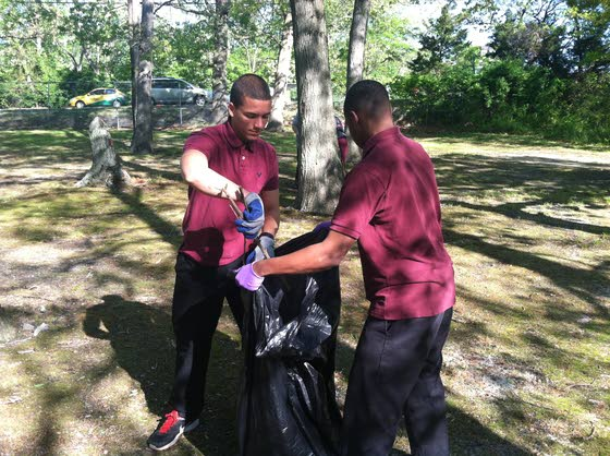 Giving Back briefs: Groups stage clean-ups, events benefit Alcove and Arc and other news of the volunteer community
