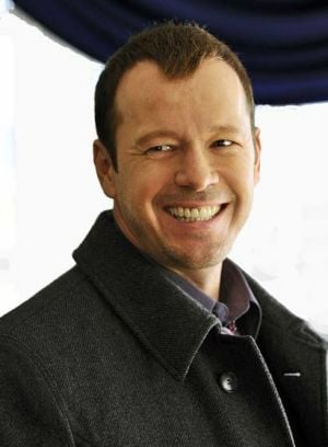 Donnie Wahlberg finds himself  walking fine blue line with series