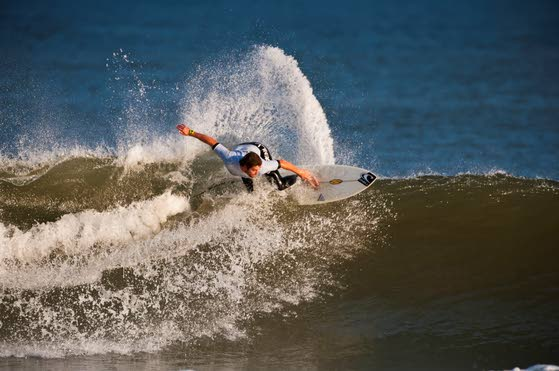 Margate's Zach Humphreys wins surfing's Garden State Grudge Match