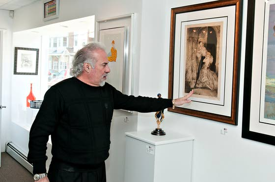 Ventnor's David Holtzman living an artist's dream life
