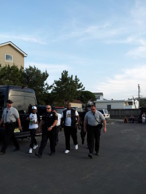 Kingston: Sean Kingston arrives at the police station