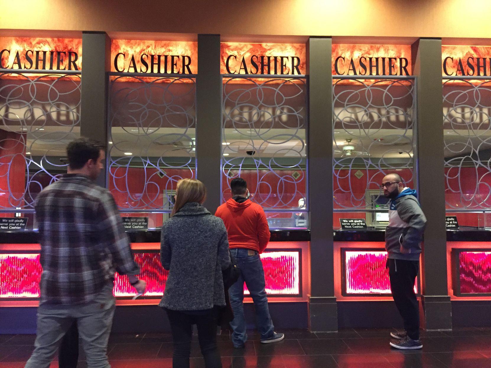 Taj Mahal closes 26 years after Trump opened casino