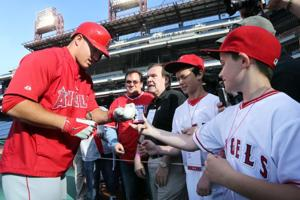 PHILLIES MIKE TROUT