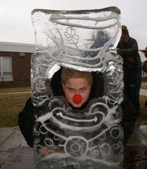 cape f20 Shawn clown face 114565144.jpg