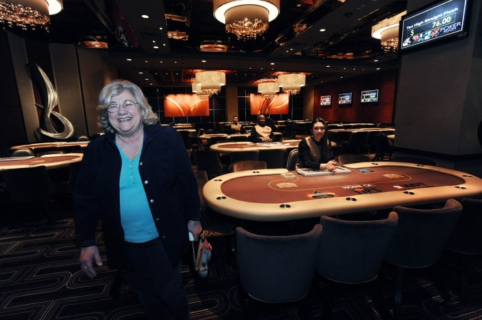 atlantic club casino poker room