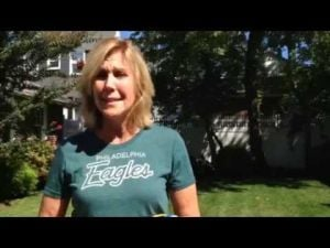 Ventnor's Jill Cakert talks about Eagles Coach Chip Kelly using her invention