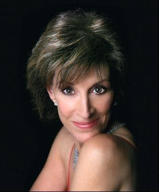Deana Martin pays tribute to her dad at benefit show
