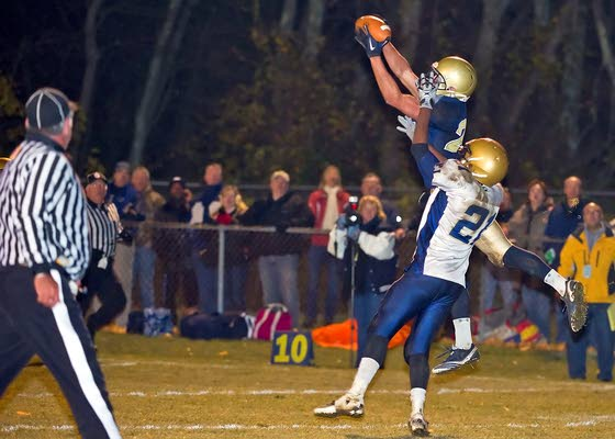 Holy Spirit's Joe Sarnese catches last-minute TD to secure win for Spartans