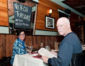 Sandi Pointe Coastal Bistro gives diners 'low tech' vibe on purpose