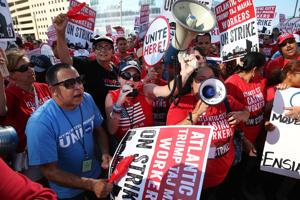 Local 54 Holds March and Rally at Taj Mahal AC
