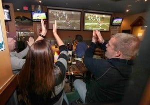 A Dam Good Sports Bar: 5 things you need to know