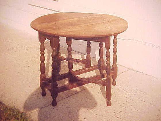 Many factors determine value of gateleg table