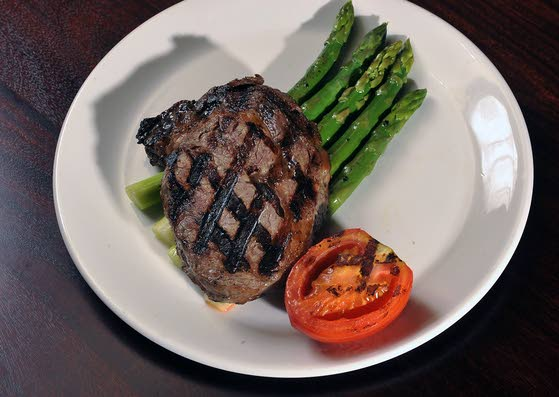 Calling Fish, Steak LoversMcCormick & Schmick's keeps seafood focus but beefs up menu