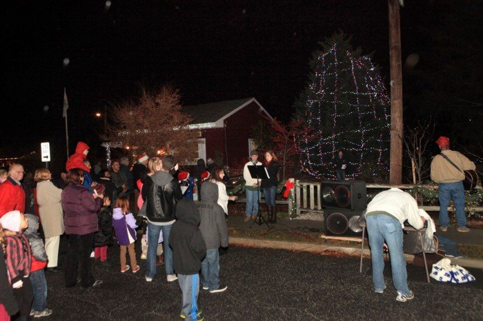 Linwood Tree Lighting