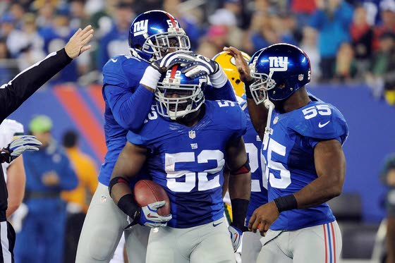 Giants agree to deal to keep  LB Jon Beason