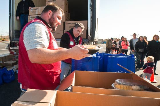 Lowe's in Rio Grande helps victims of Sandy enjoy Thanksgiving feast