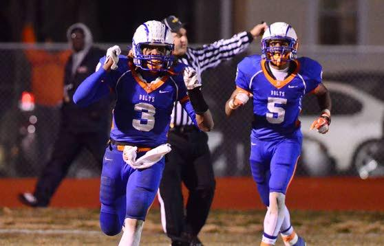 Millville QB Shaq Lee fulfilling lifelong dream as Thunderbolts prepare for South Jersey title game