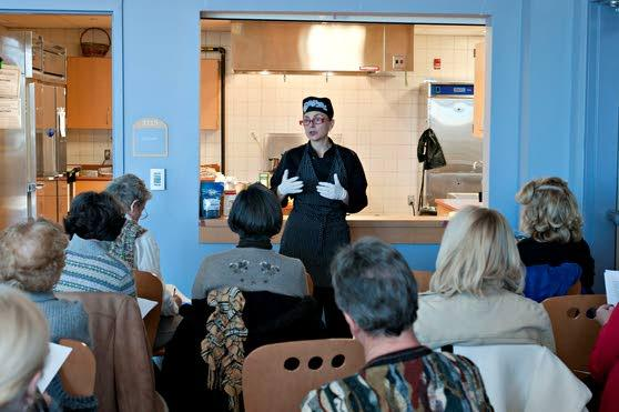 County's libraries stir up interest among public with cooking demos