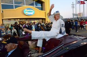 Miss America Parade: Miss Rhode Island Jessica Marfeo - Vernon Ogrodnek