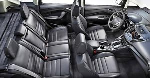 Ford Hybrid Hatch Gets 47/47 MPG