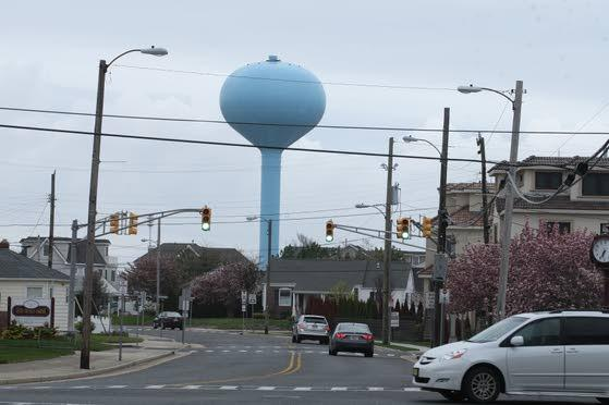 Longport residents miss their water tower's smile