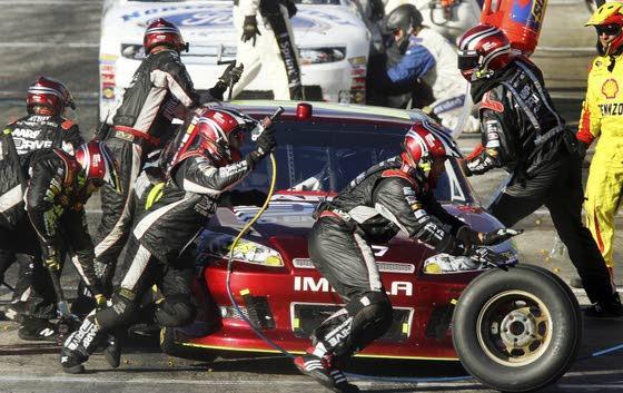 Hamlin wins race; Johnson takes NASCAR lead