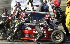 Hamlin wins race; Johnson takes NASCAR lead