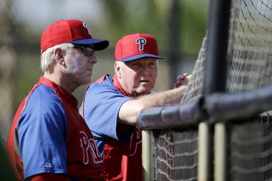 Schmidt likes attitude he sees at Phils' camp