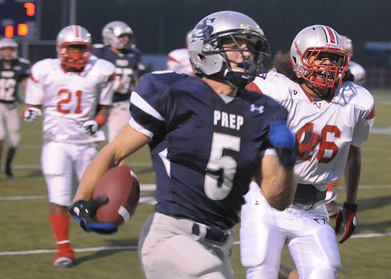 Clan's Brian Winchester runs for 290 yards
