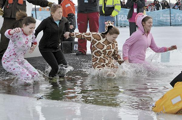 A chilly plunge into White Bear Lake (w/video)
