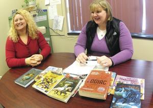 Momot teachers secure books for area