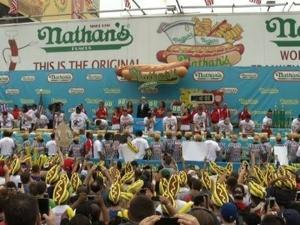 Coney Island hot hog eating champion dethroned in epic upset