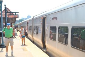 LIRR, unions on the brink of a strike 1