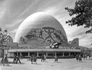 The World's Fair, free pickles and the muralist 1