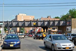 Civic annoyed over lengthy LIRR study 1