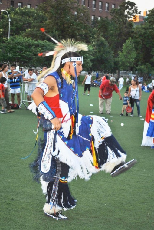 Crowd powwow'd at 103rd's NNOAC 2