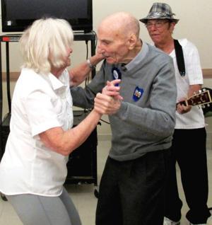 Max Stern: war hero, teacher, centenarian 1