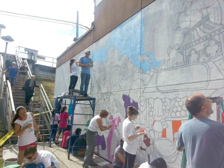 LIRR mural improves area 2