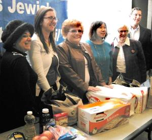 Jewish Council aids poor for Passover 2