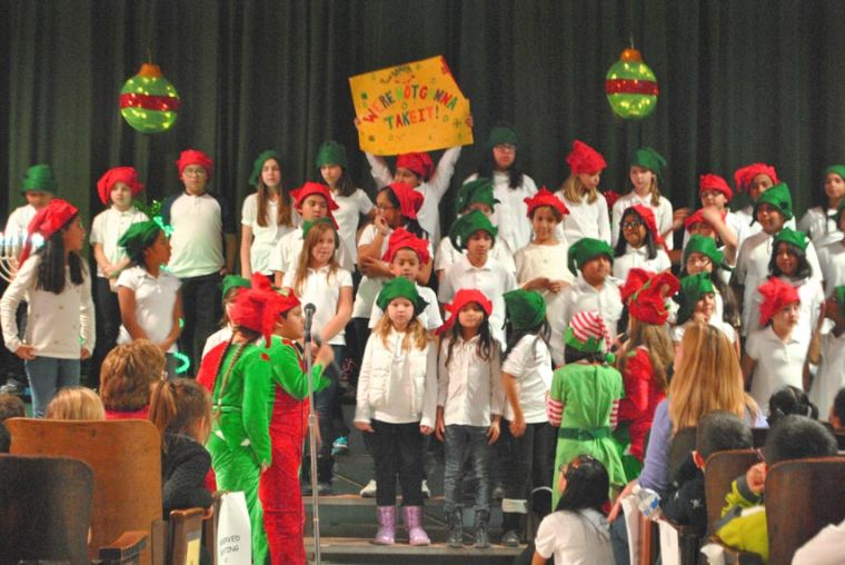 PS 153 celebrates the Christmas season in style 2