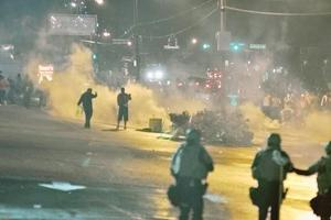 Leaders dismayed at Ferguson decision 1