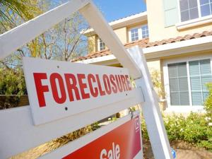 Council calls banks out on foreclosure tactics 1