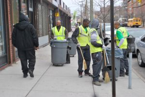 Wills, city roll out anti-trash initiatives 1