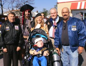 Kiwanis Club hosts Halloween parade 1