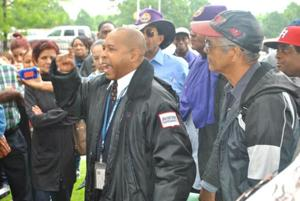 Airport workers stage rally in Kew Gardens 1