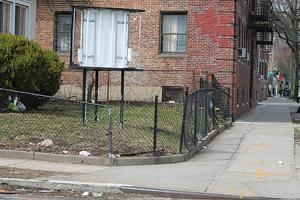 Woodhaven residents fret over group home 1