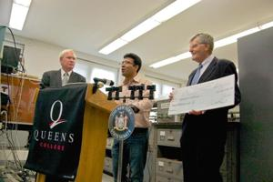Queens College gets a $2M grant 1