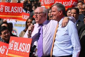Dems, GOP seek unity for November 1