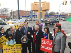 Gianaris introduces street safety bill 1